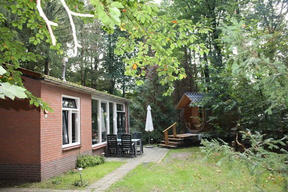 Boshuisje in Epe met sauna voor max. 4 personen
