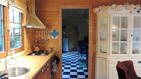 """Fins Chalet """"Onze Hut"""" in Epe voor max. 2 personen"""