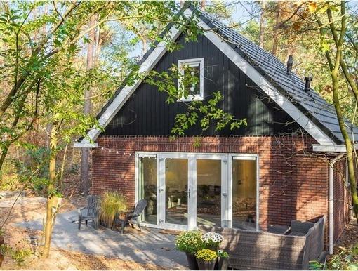 Luxe bungalow in Nunspeet middenin de Veluwse bossen voor max. 6 personen