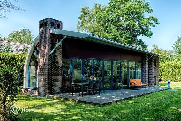 Luxe bungalow in Putten met Sauna voor max. 4 personen