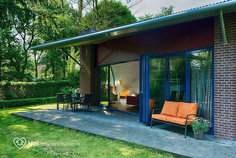 luxe bungalow in putten met sauna voor max 4 personen. Black Bedroom Furniture Sets. Home Design Ideas