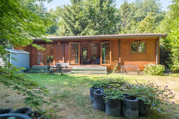 Luxe chalet in Epe met ruime tuin voor max. 2 personen