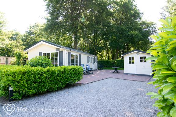 Luxe zonnig gelegen chalet in Epe met ruime tuin en terras voor max. 4-5 personen