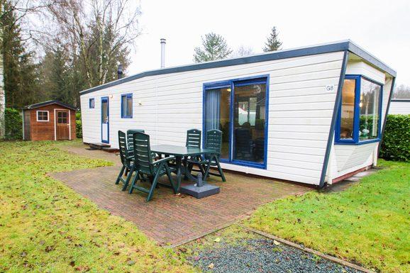 Mooie luxe chalet in Epe met ruime tuin en terras voor max. 6 personen