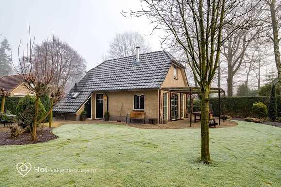 Vakantiehuis met grote tuin in Lunteren voor max. 10 personen