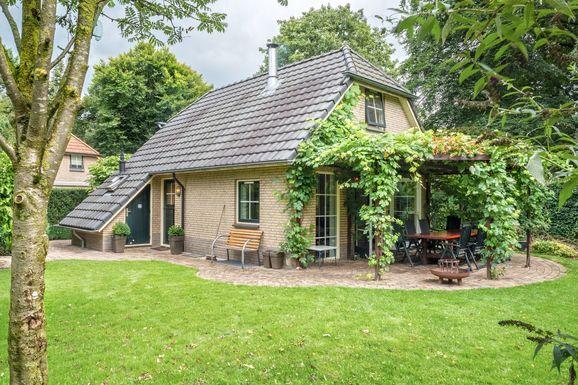 Vakantiehuis met grote tuin in Lunteren voor max. 12 personen